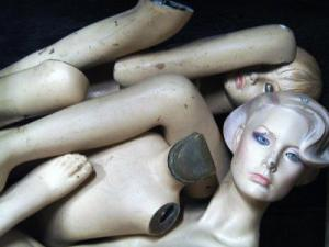 Mannequin III: The dismembering